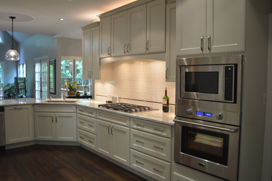 Kraftmaid Cabinetry In Moonshine, Cambra Counter Tops. Fisher Paykel Double  Ovens